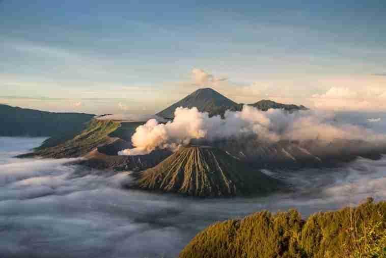 gunung Indonesia