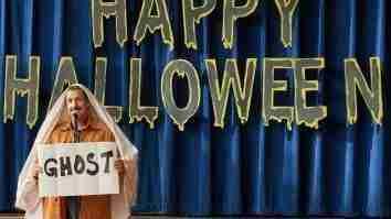 Nonton hubie hallowen di Netflix dan situs streaming gratis adam sandler