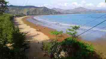 Wisata Pantai Gemah